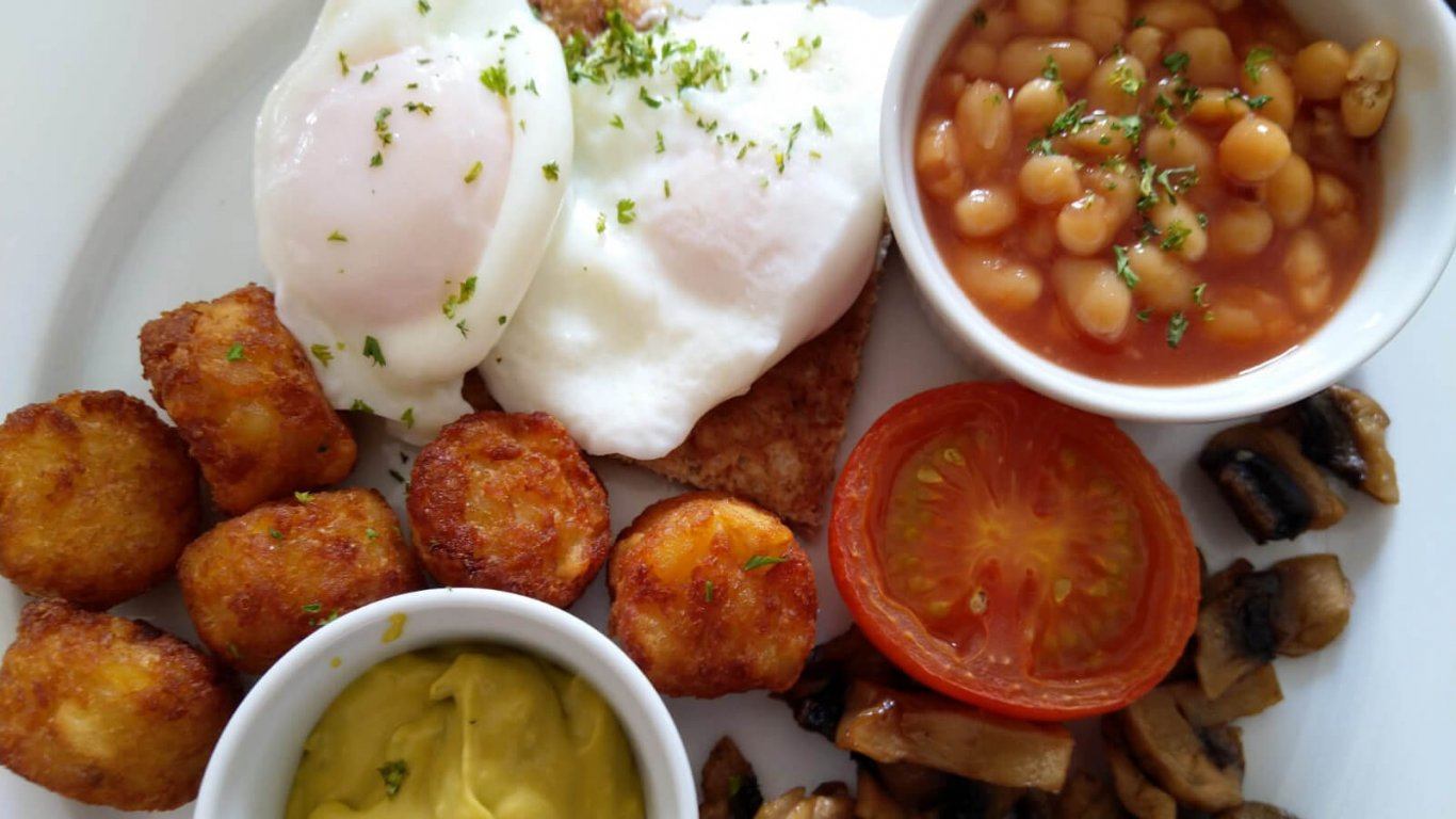 A typical vegetarian Irish breakfast, as included on our small-group tours of Ireland