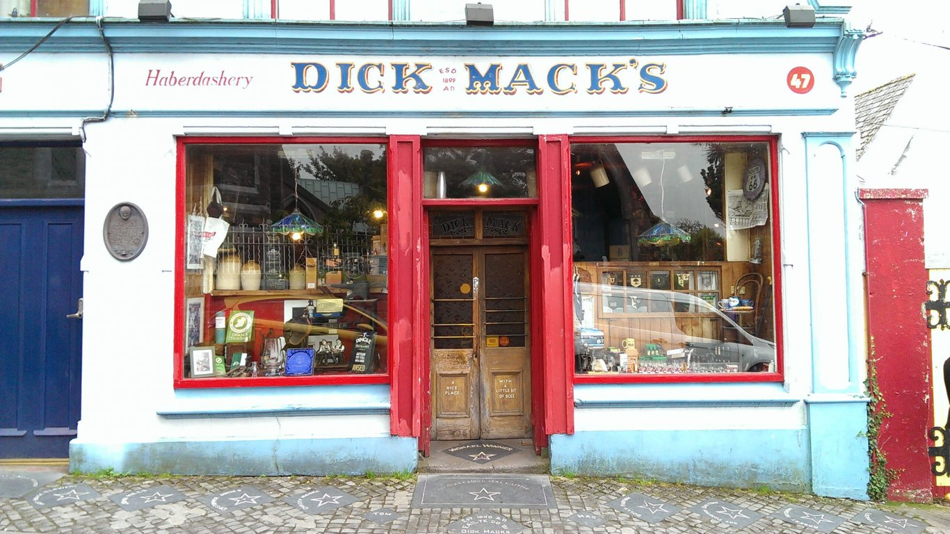 Exterior of Dick Mack's pub in Dingle, Ireland