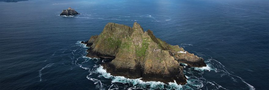 An overhead view of Skellig Michael and Skellig Beag