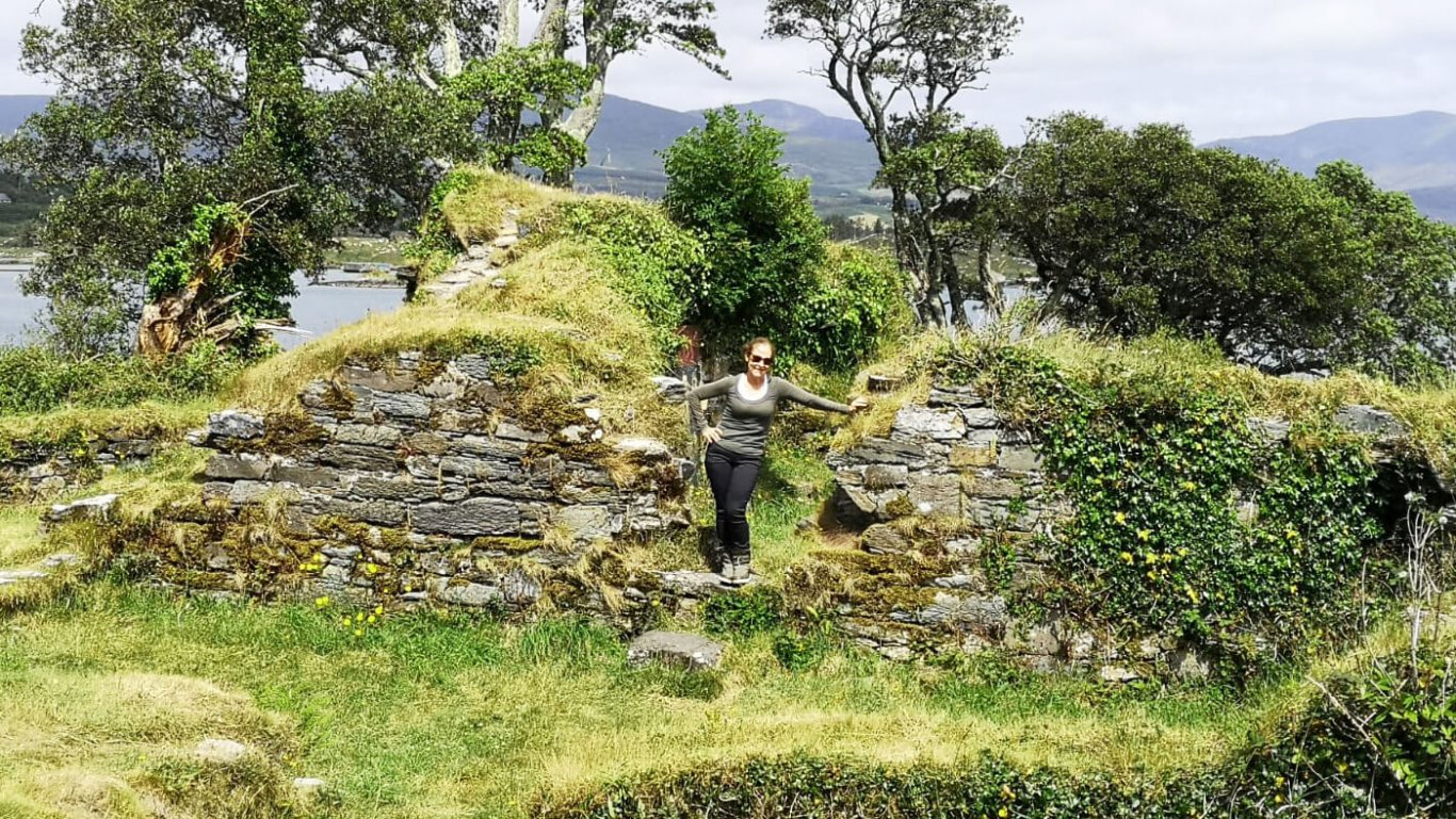 This tour guest traced her Irish ancestry to a namesake on the ruined O'Sullivan castle on the Beara Peninsula in Ireland