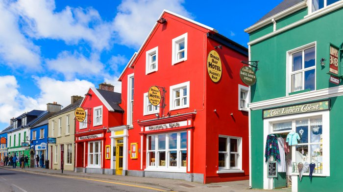 Dingle Bay Hotel in a colourful line of buildings