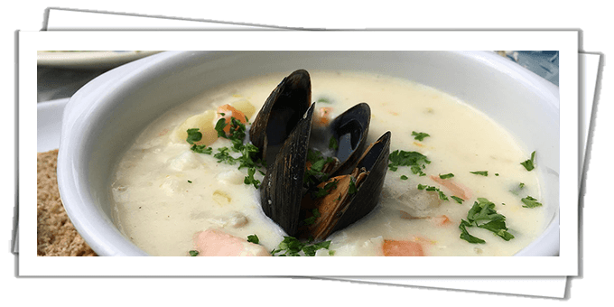 Bowl of creamy Irish chowder