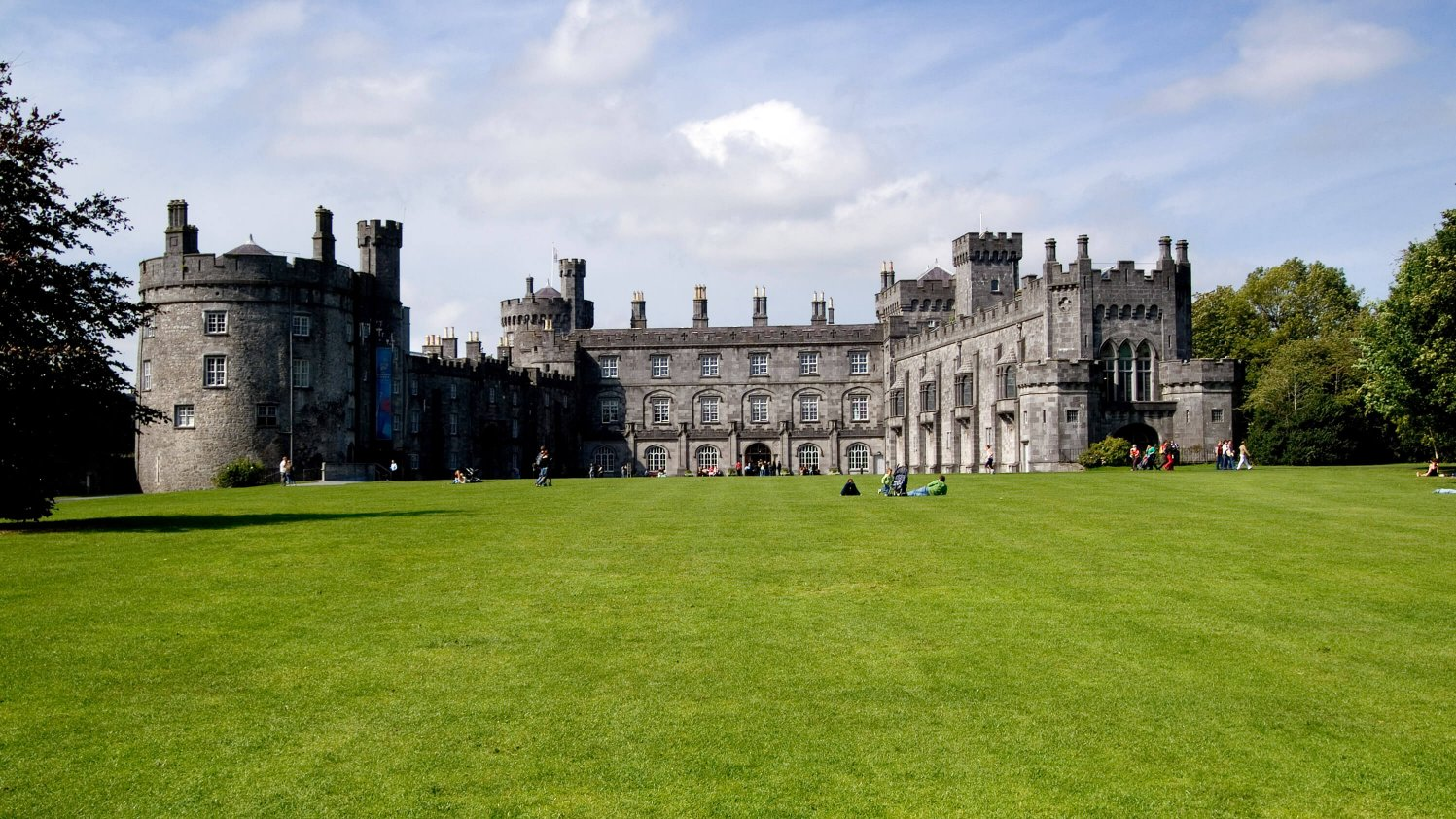 Exterior of Kilkenny Castle with lawn
